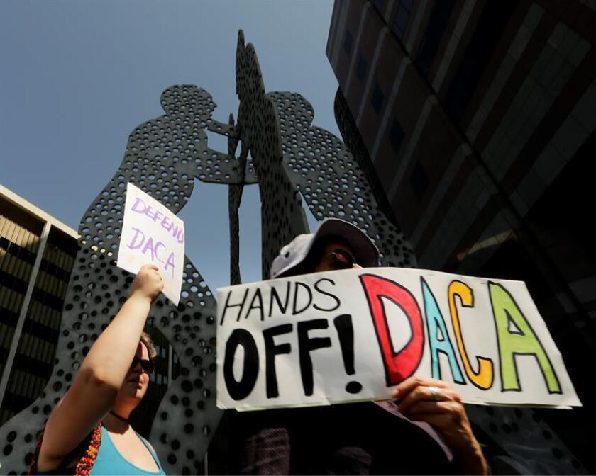 Protesters attend a rally in support of Deferred Action for Childhood Arrivals (DACA). EFE/EPA/FILE
