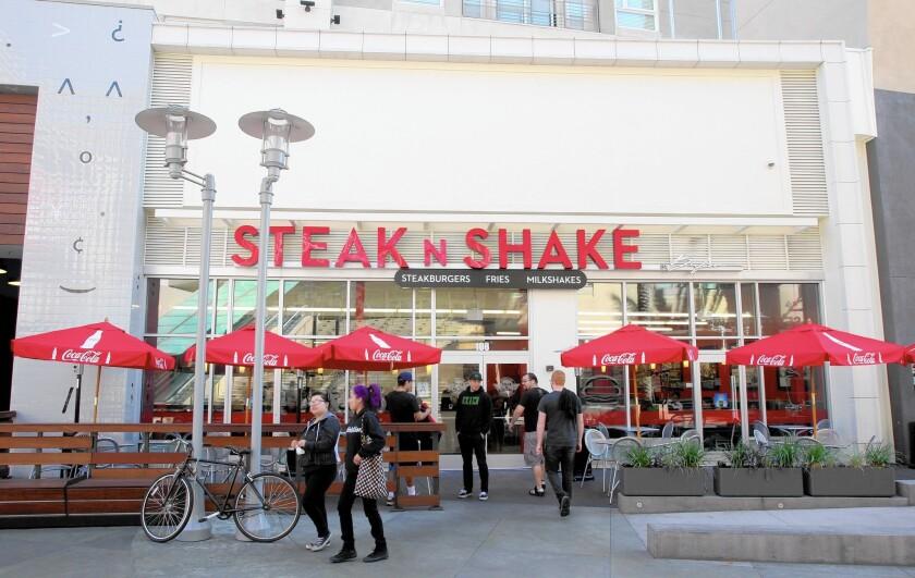 Steak 'n Shake in Burbank