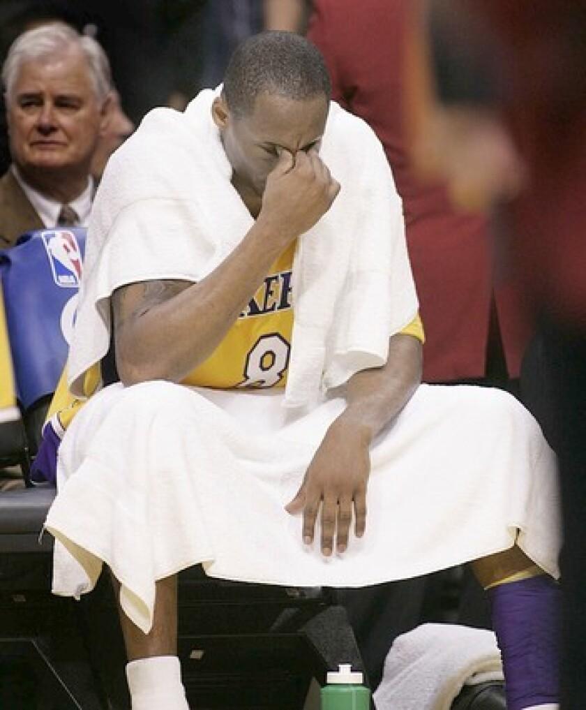*Custom Kobe Bryant Dedication Laker socks #8//#24
