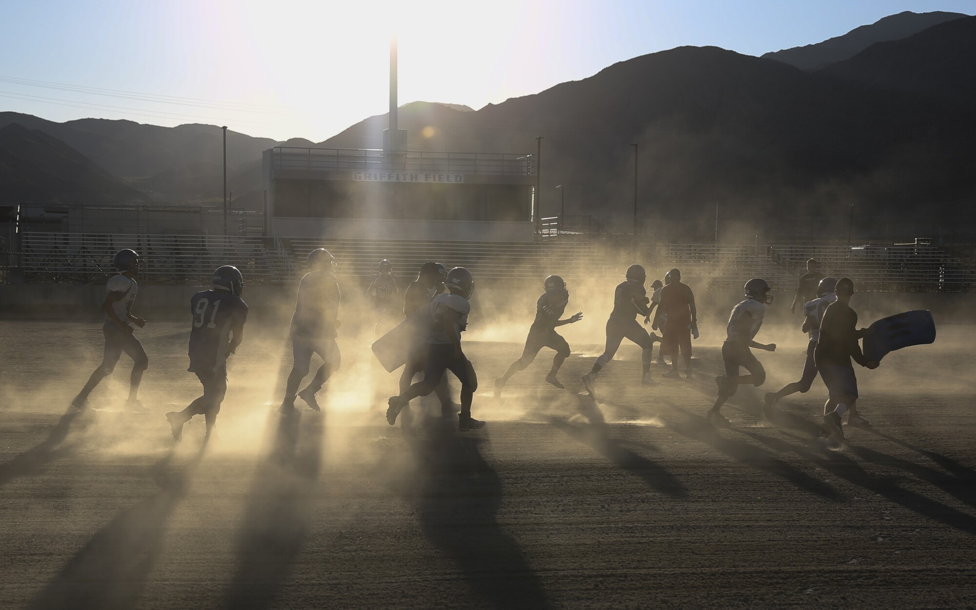 Trona High's Sandmen fight to keep football alive in wake of quakes - Los Angeles Times