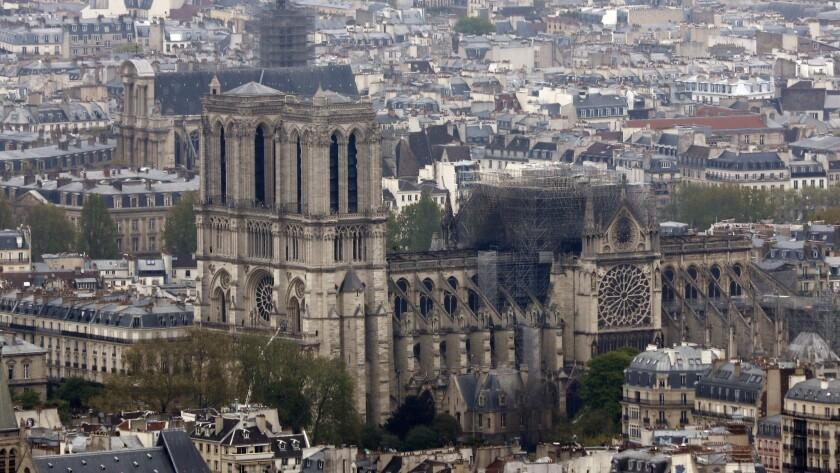 Feu cath'drale Notre Dame de Paris