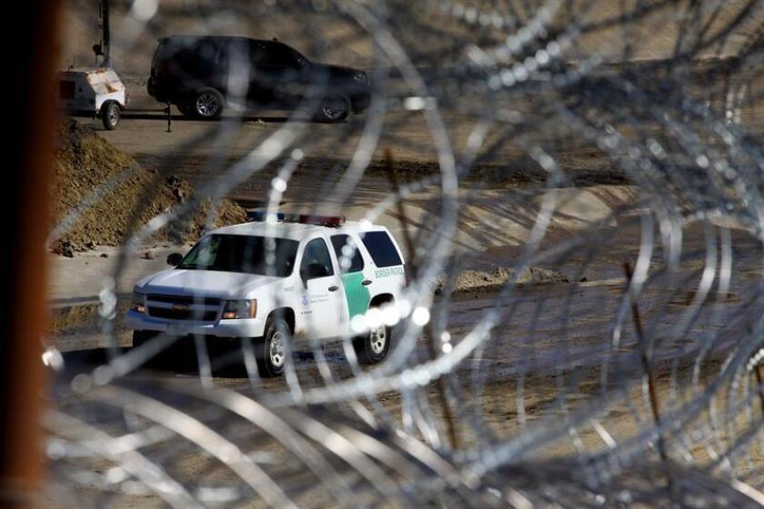 Detienen a religiosos pro inmigración en la frontera de San Diego