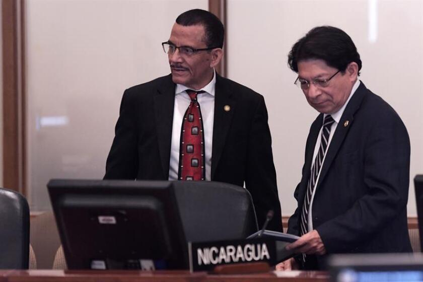 Nicaragua y Venezuela se opusieron a la celebración hoy de una sesión extraordinaria del Consejo Permanente de la Organización de Estados Americanos (OEA) sobre la crisis nicaragüense. El representante ante la OEA, Luis Alvarado (i). EFE/ARCHIVO