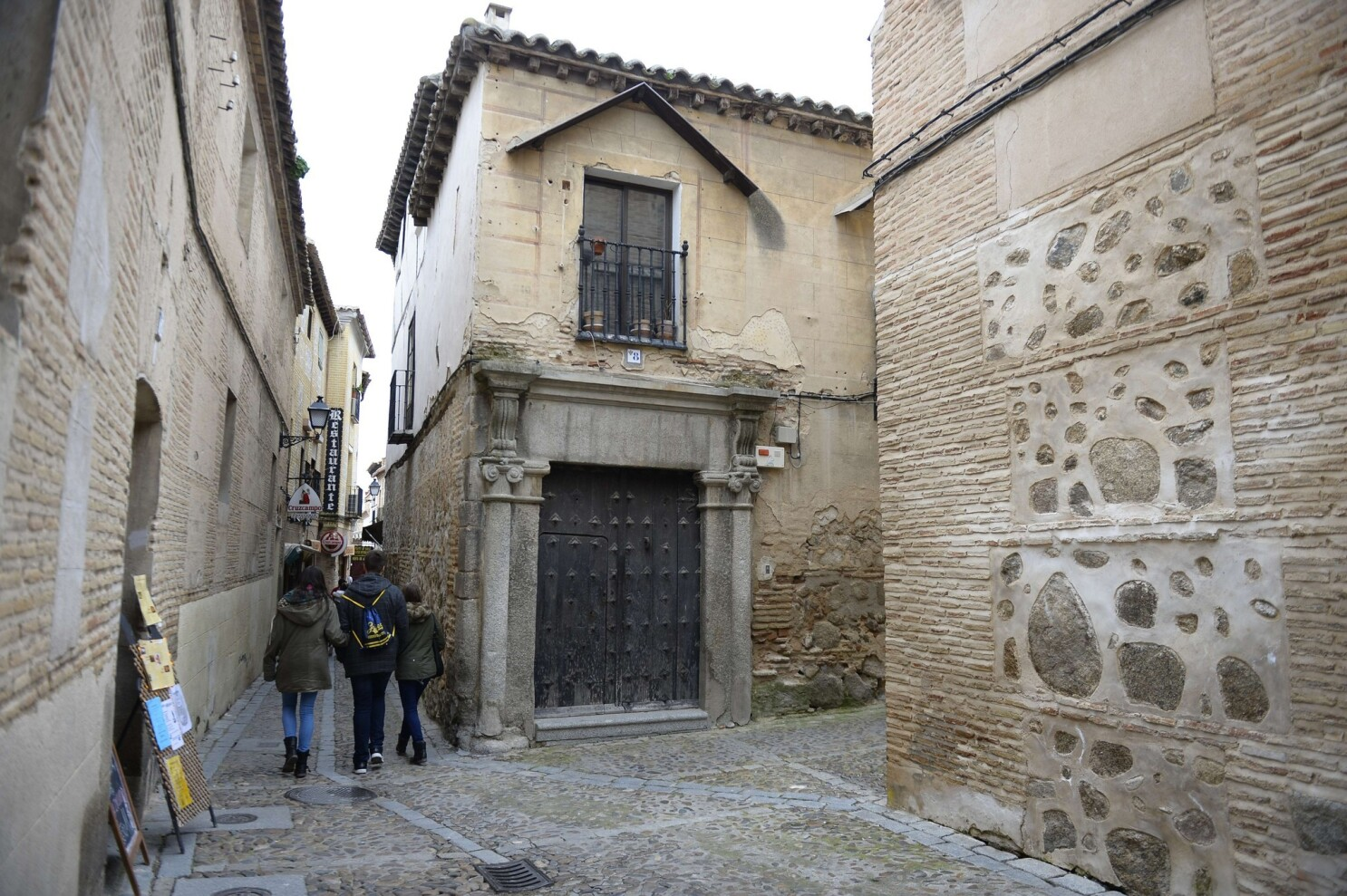 Welcome home, 500 years later: Spain offers citizenship to