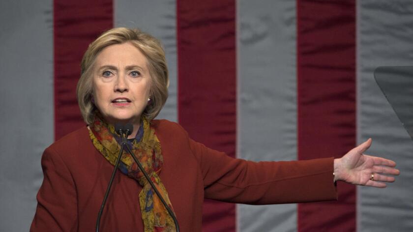 """Foto de archivo. """"No hay nada que no se sepa. Yo fui a Wall Street antes de la Gran Recesión. Parece que el argumento es que si alguna vez recibiste dinero de alguna empresa, estás atado a ella. Eso no es verdad"""", lamentó Hillary Clinton, ex secretaria de Estado."""