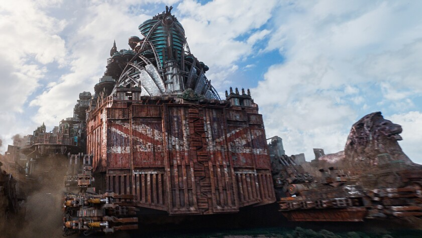 """City on a roll: The ravenous London on the hunt for a new city to consume in the movie """"Mortal Engines."""""""