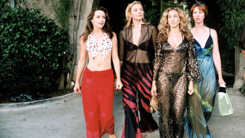 Sex and the City': The top 10 looks from the fashion-forward series - Los  Angeles Times