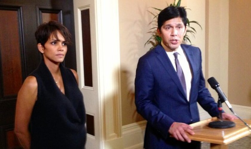 Actress Halle Berry joined Sen. Kevin de Leon (D-Los Angeles) at the Capitol on Tuesday to testify for a bill that would limit paparazzi.