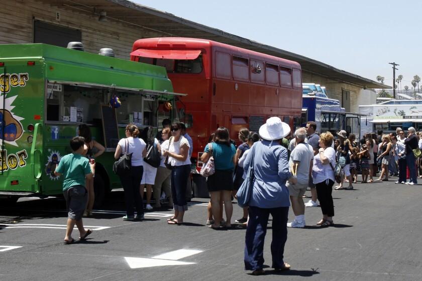 Food trucks vs. restaurants