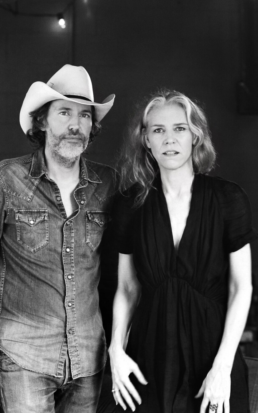Gillian Welch (right) and David Rawlings. (Henry Diltz)