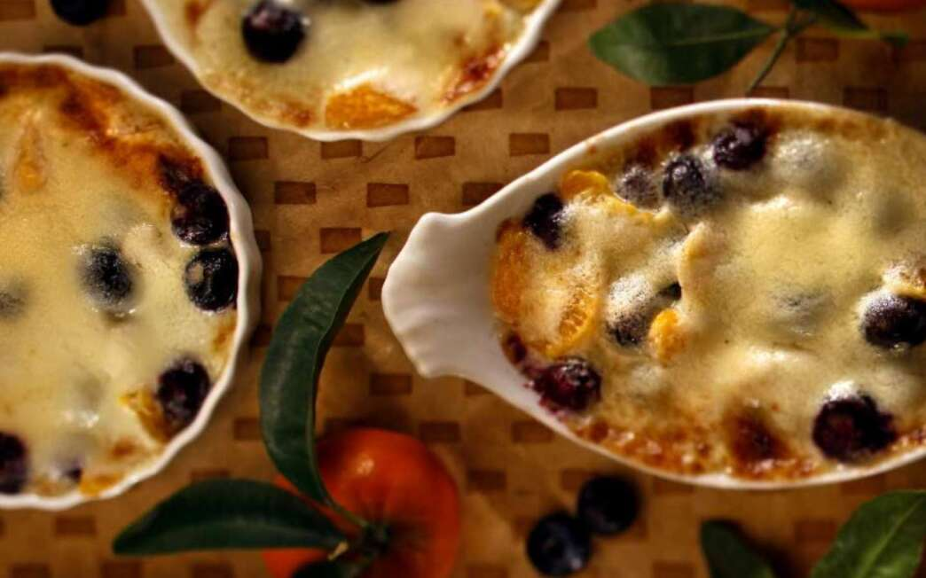 Fresh fruit gratin