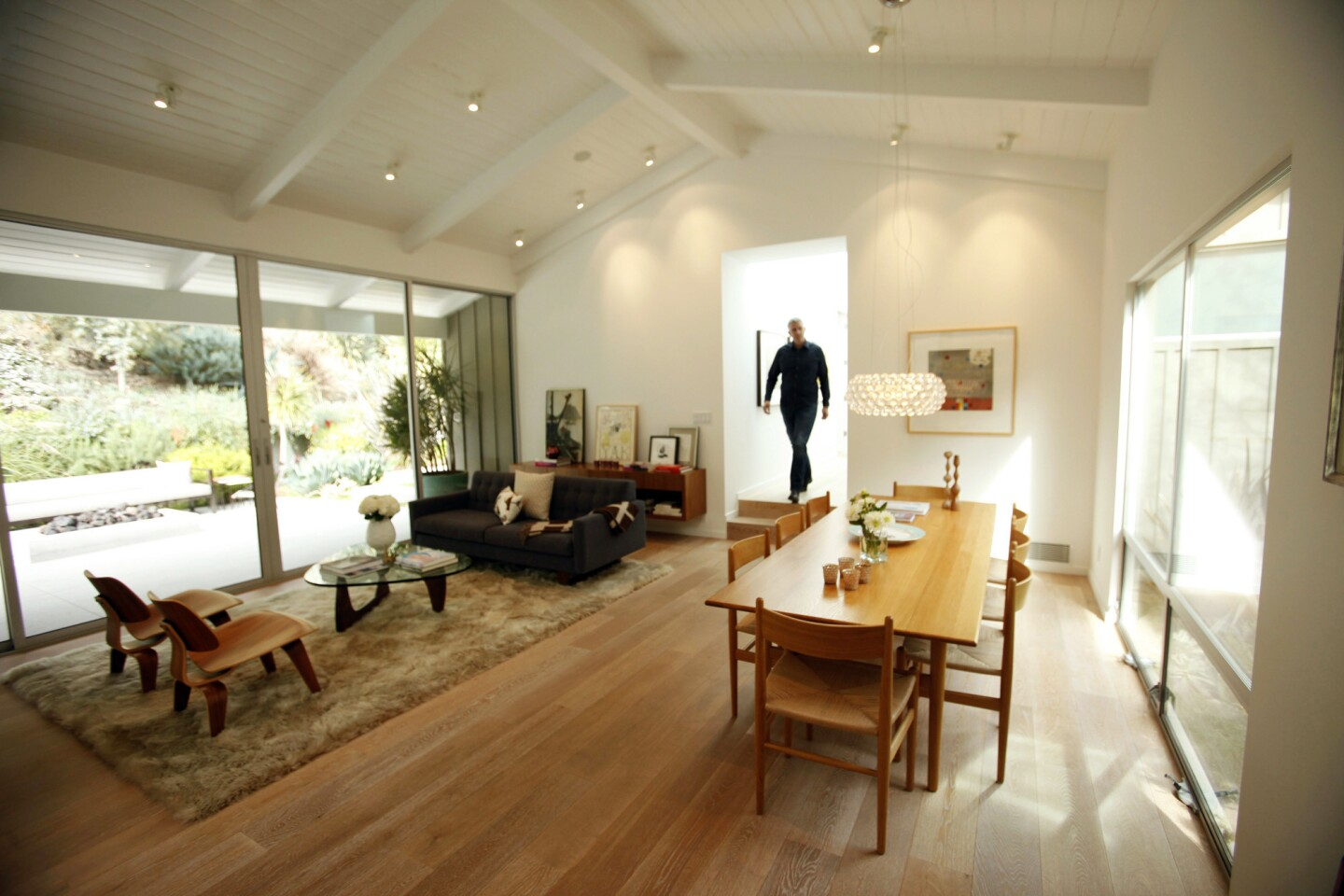Architect David Montalba of Montalba Architects in Santa Monica walks through the home of Betsy Everitt and Christopher Schilling in Brentwood, a ranch house that he redesigned as a clean, modern indoor-outdoor retreat.