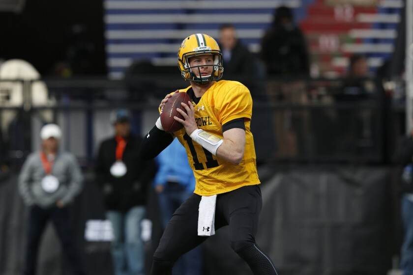 Carson Wentz shows confidence at Senior Bowl practice before NFL onlookers