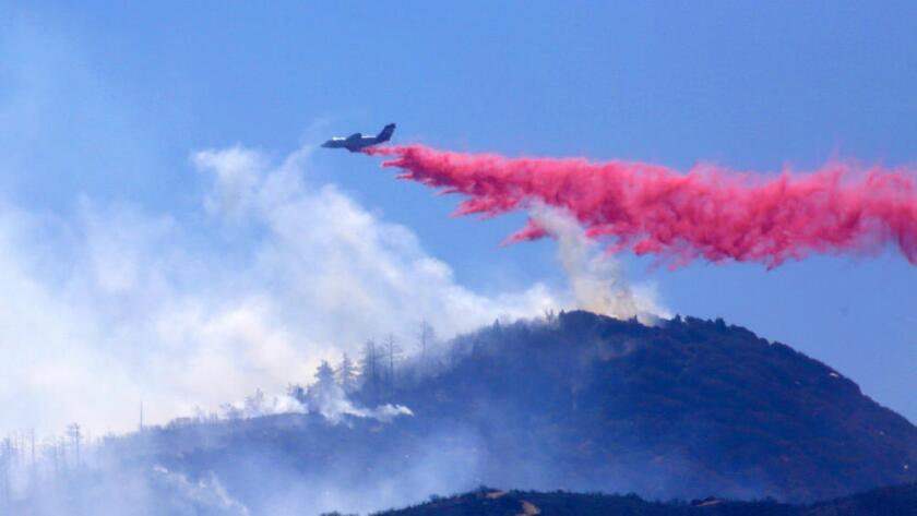El incendio Pilot se originó el domingo a las 12:15 p.m. por causa desconocida, hasta el momento ha quemado 7,861 acres de terreno en el Condado de San Bernardino.
