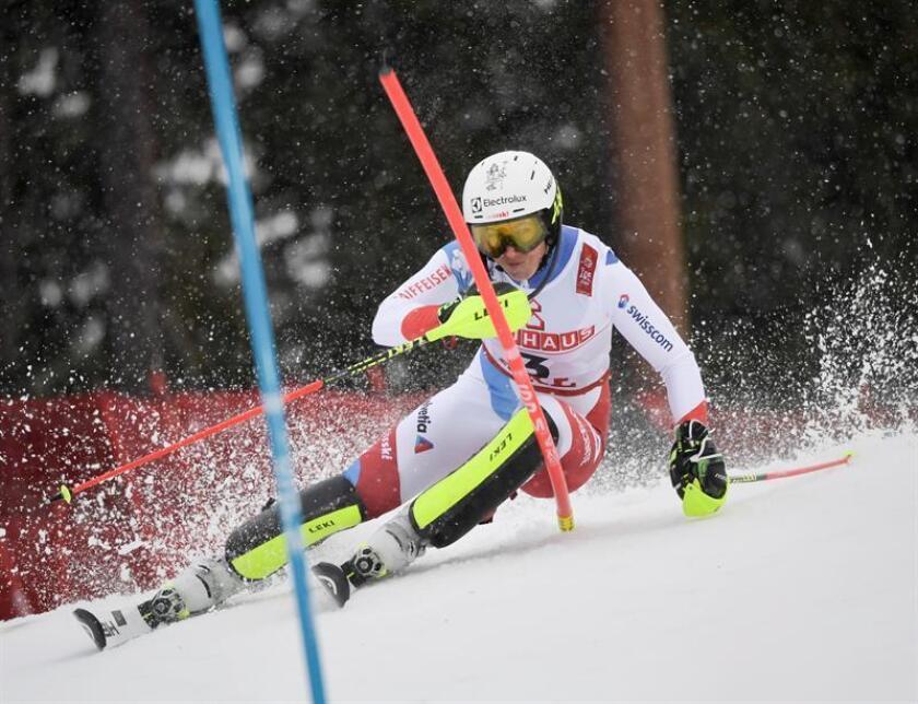 La suiza Wendy Holdener durante el eslalon de los Mundiales de esquí alpino de Are (Suecia). EFE