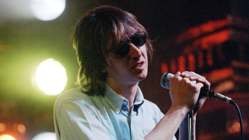 """Mark Hollis from the band Talk Talk performs on the British TV show """"The Tube"""" in a photo from the 1980s."""
