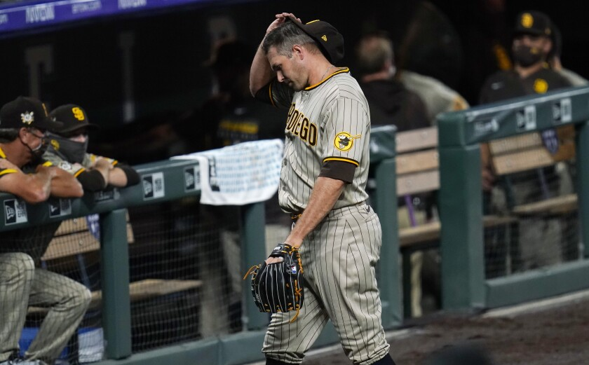 Padres reliever Craig Stammen gave up a walk-off single to the Rockies' Daniel Murphy in the ninth inning Saturday.