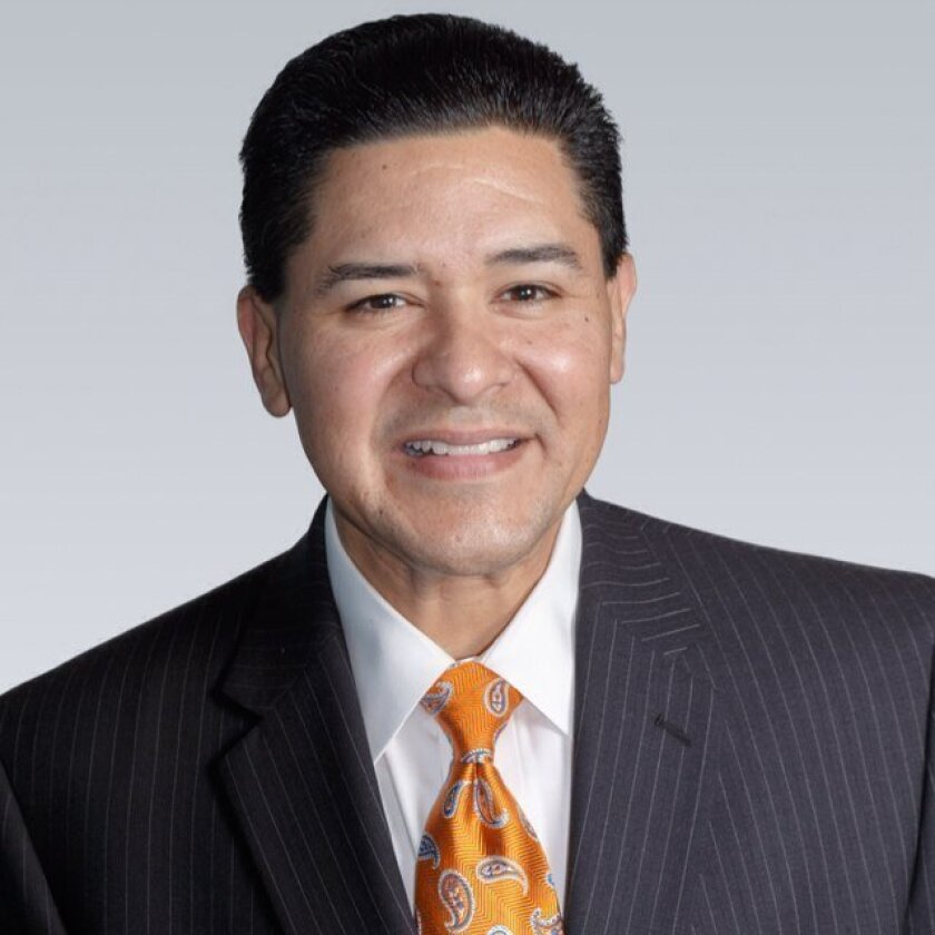 San Francisco Supt. Richard Carranza said he will not be seeking the job as schools chief in Los Angeles.