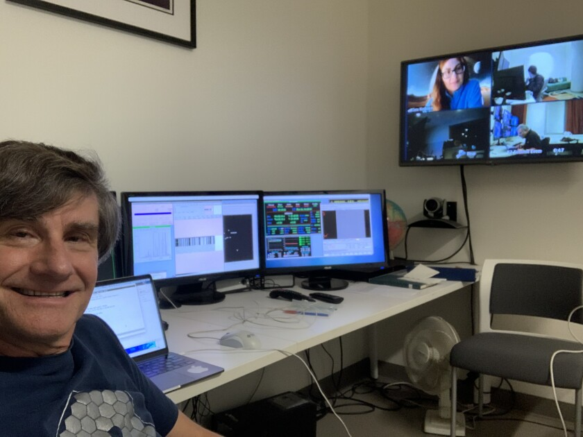 UC Berkeley astronomer Alex Filippenko collaborates with remote colleagues on their last night of observing supernovae before the coronavirus forced the W.M. Keck Observatory in Hawaii to close.
