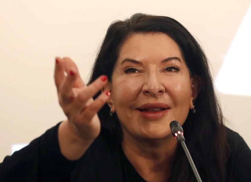 En esta foto del 21 de septiembre de 2019, la artista de performance Marina Abramovic