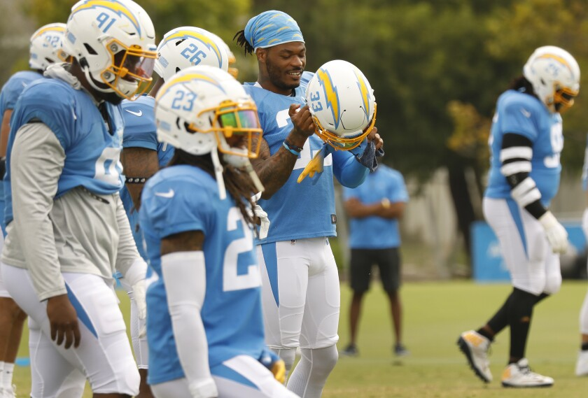 Chargers safety Derwin James Jr., center, takes part in a team practice session in Costa Mesa on Aug. 17.