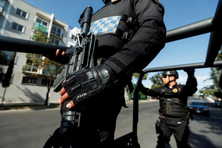 Policía de élite de Ciudad de México combate ola de violencia sin precedentes