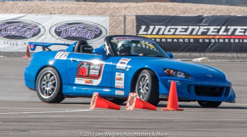 01425-20161104-05-SEMA Ignited-drifting+Optima Ultimate Street Car Inv-autox+spd stop-LVMS-3of4-D5