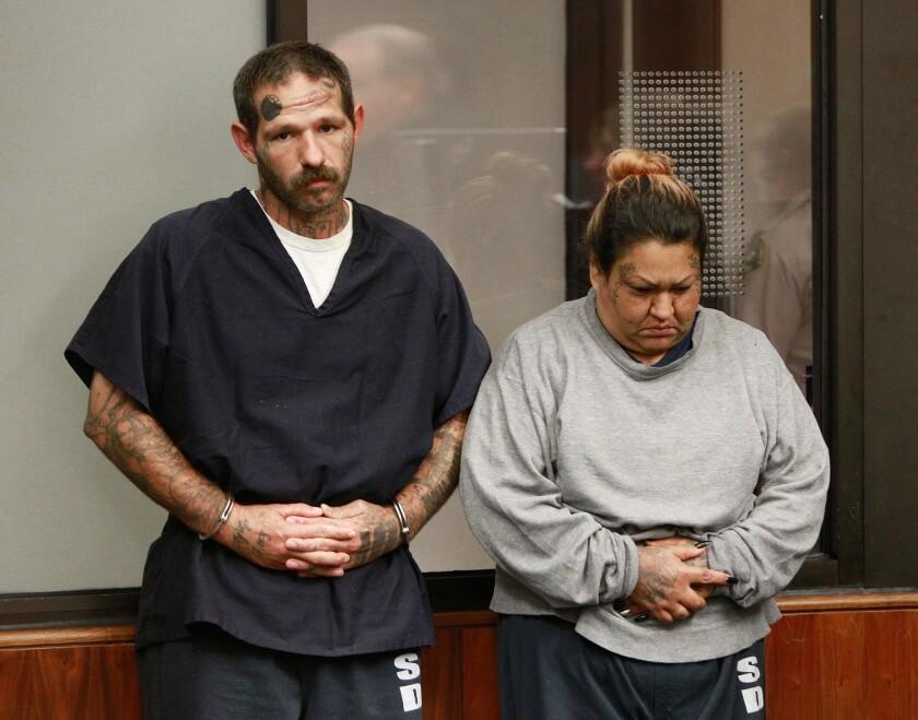 Johnny Lewis Hartley, de 39 y Mercy Mary Becerra, de 43 años. (Misael Virgen/The San Diego Union-Tribune via AP)