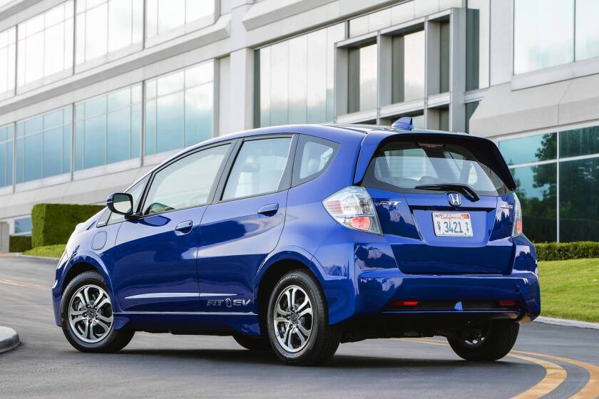 Dealers are putting consumers on waiting lists for the Honda Fit EV lease deal.