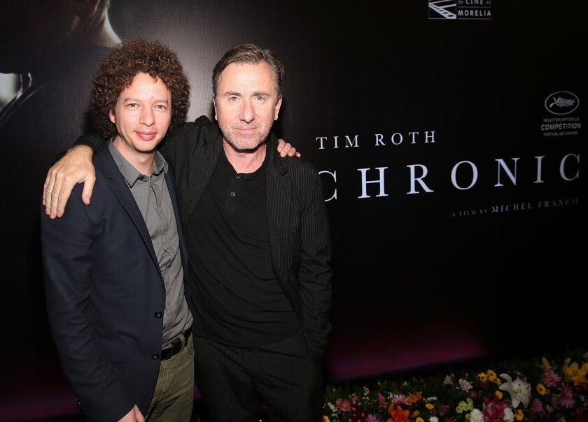 """El director mexicano Michel Franco (izq.) y el actor estadounidense Tim Roth durante la premiere de """"Chronic"""" en el Festival de Cine de Morelia. Ahora, la cinta llega a L.A. gracias al AFI Fest."""