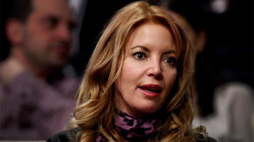 Jeanie Buss thwarts attempt by brothers to take over the Lakers