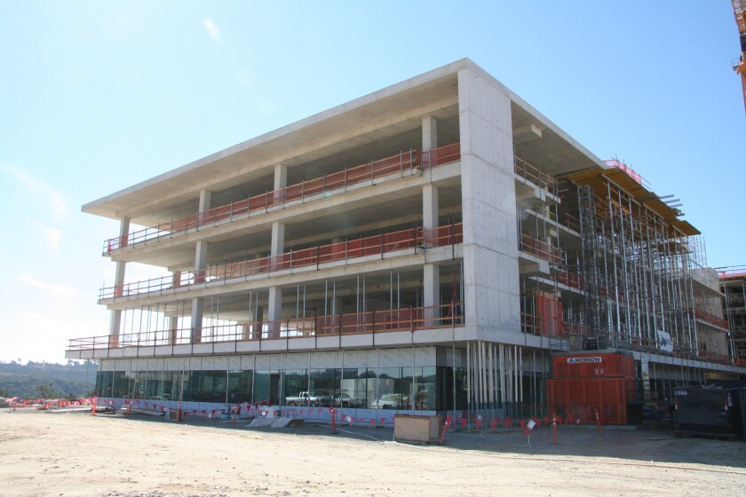 McCarthy Building Companies Inc. celebrated the concrete topping-out at the Aperture Del Mar life sciences campus.