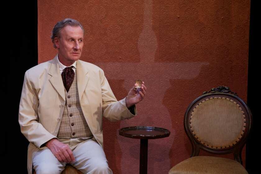 """Dr. Glas,"" protagonizada por Daniel Gerroll, se transmite en línea a través del North Coast Repertory Theatre."