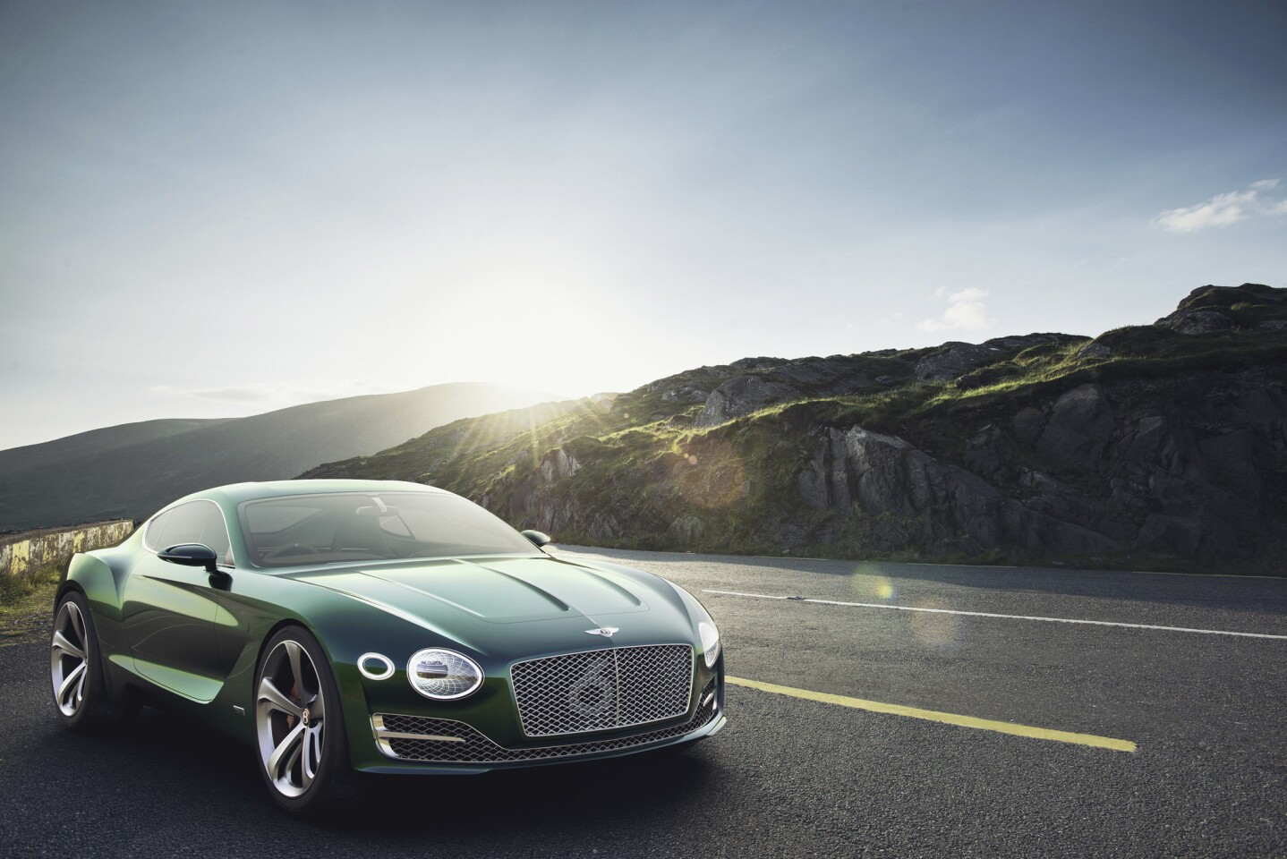 The Bentley EXP 10 Speed 6 concept debuts at the 2015 Geneva Auto Show. It's a look at a sports coupe the luxury automaker will likely produce in the next few years.