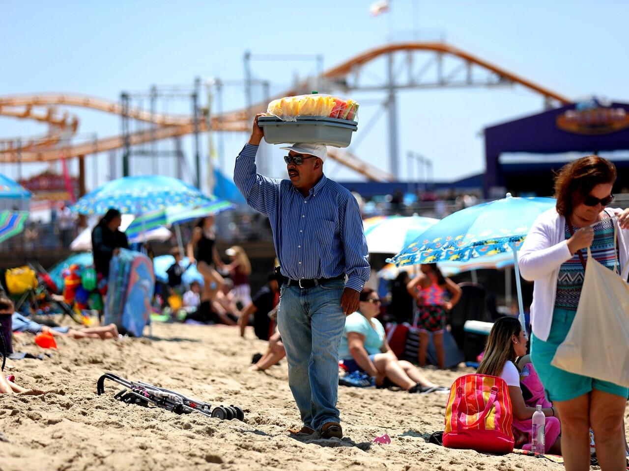 Santa Monica street vendors struggle amid new licensing rules