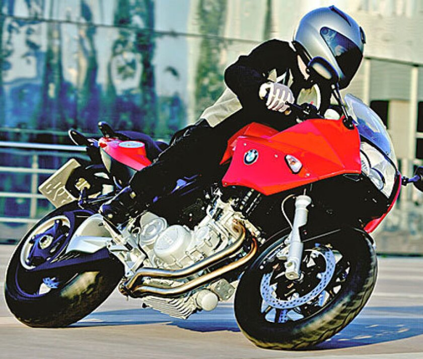Bmw F 800 S Sport Bike Is Reasonably Priced Los Angeles Times