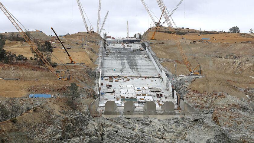 Oroville Dam repair costs soar past $1 billion - Los Angeles