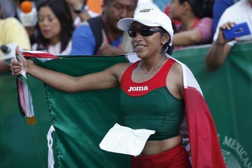 La mexicana Margarita Hernández se escapó hoy en la segunda mitad de la prueba para ganar el Maratón de la Ciudad de Juárez y clasificarse a los Juegos Panamericanos de Lima 2019. EFE/ARCHIVO