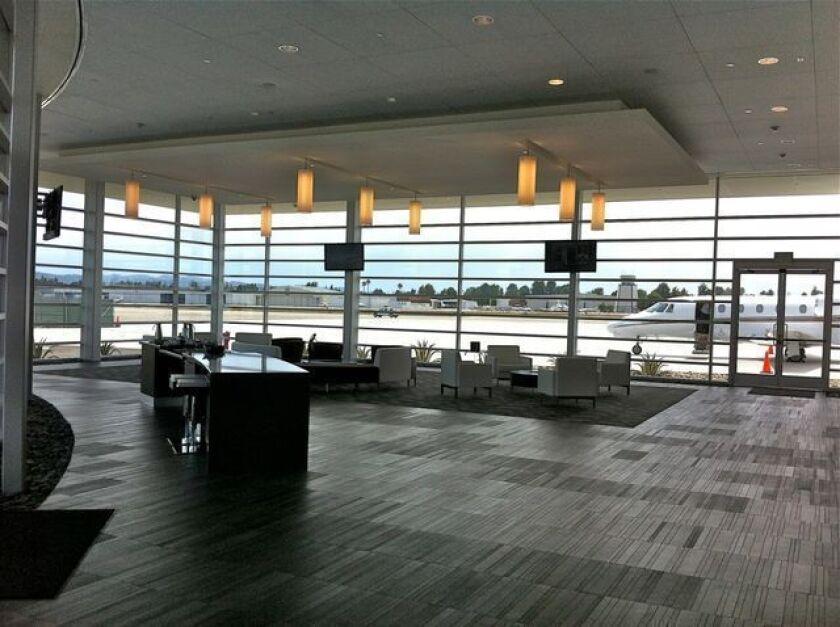 Corporate jet center at Van Nuys Airport may signal rising market