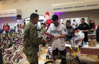 Padres shop with military families as part of annual holiday giving campaign