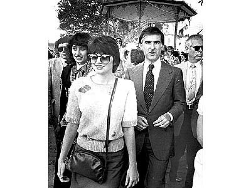Jerry Brown with Linda Ronstadt