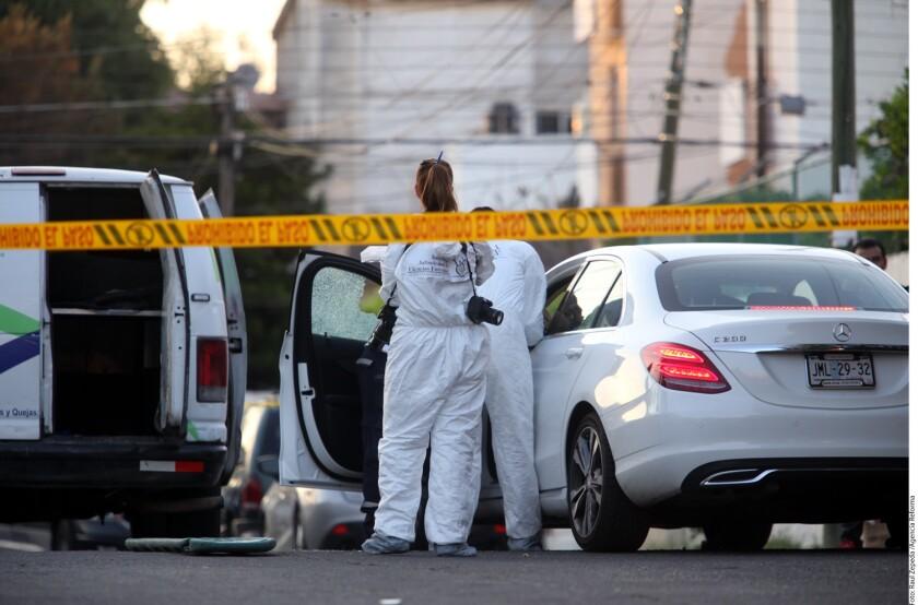 Idalia Romelia Salazar, cuñada de Joaquín El Chapo Guzmán Loera, fue ejecutada la tarde de ayer a bordo de un automóvil de lujo por gatilleros que escaparon, confirmaron fuentes de Gobierno estatal.