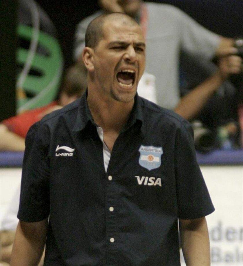 Sergio Santos Hernández, conocido popularmente como 'Oveja' y que fue el coordinador técnico de la selección argentina que quedó cuarta en los Juegos Olímpicos de Londres 2012. EFE/Archivo