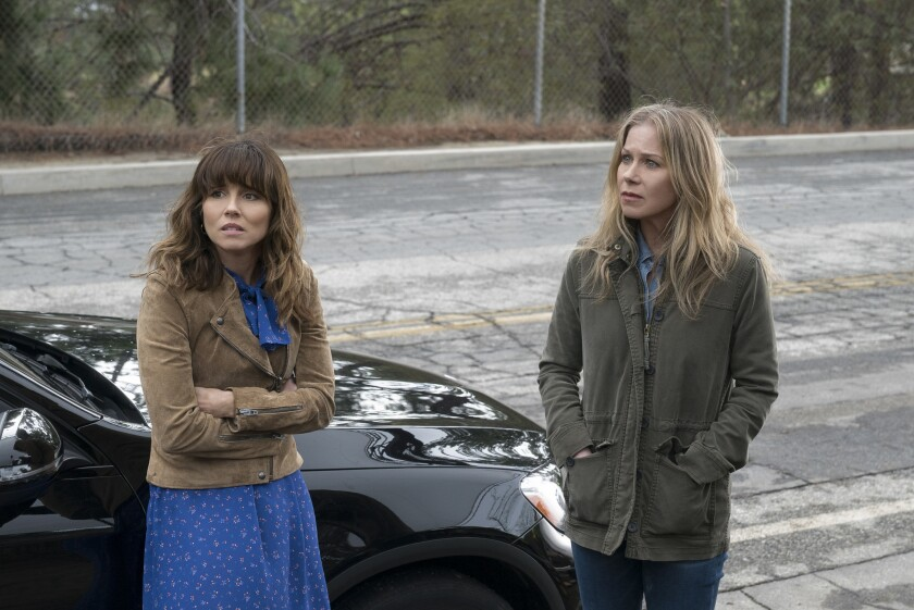 """Linda Cardellini, left, and Christina Applegate in """"Dead To Me."""""""