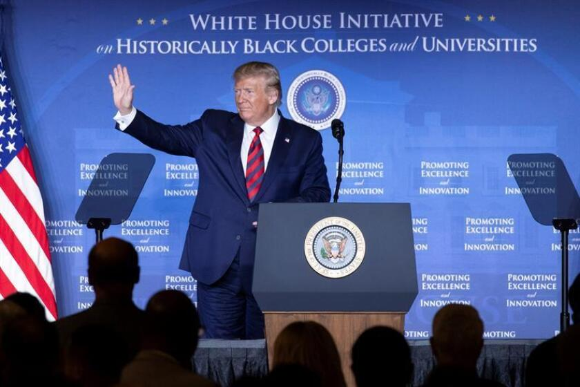 US President Donald J. Trump waves after delivering remarks at the 2019 National Historically Black Colleges and Universities Week Conference in Washington, DC, USA. EFE/EPA/Michael Reynolds/Archivo
