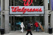 Walgreens and Rite Aid are selling 865 stores