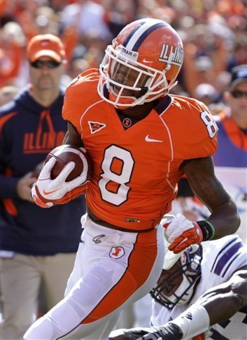Illinois wide receiver A.J. Jenkins (8) scores a touchdown against Northwestern during the first half of the NCAA college football game Saturday, Oct. 1, 2011, in Champaign, Ill. (AP Photo/Seth Perlman)