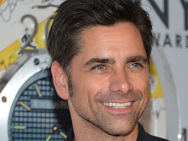 @JohnStamos what devastating news to wake up to. my heart is with everyone involved in the Aurora #theatershooting. what the world needs now is...