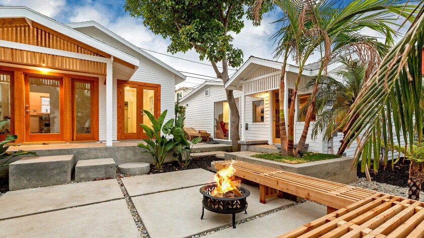 Eight small bungalows built by Irving Tabor make up the compound.