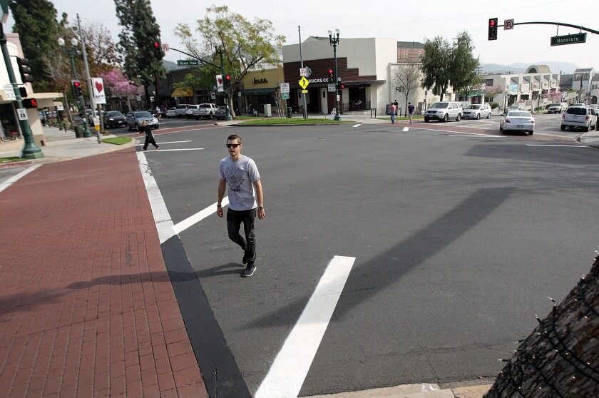 Last year, without notifying members of the Montrose Shopping Park Assn., Glendale's public works department installed a four-way crosswalk at the intersection of Ocean View and Honolulu that triggered red lights on all sides so pedestrians could cross in any direction.